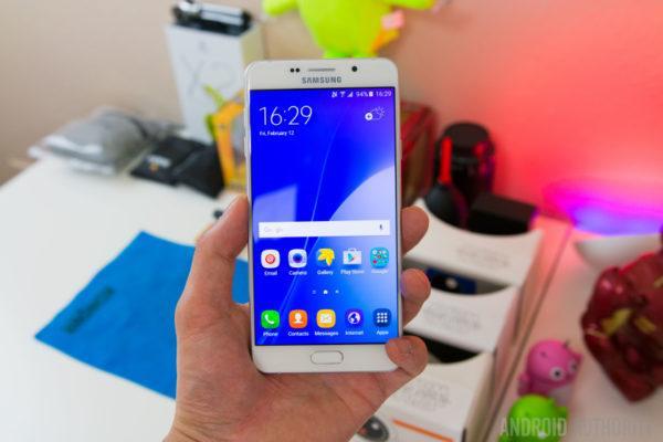 Samsung Galaxy A 2016: la gamma verrà aggiornata ad Android Nougat