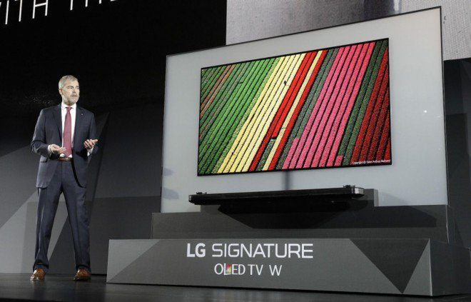 LG W7 TV