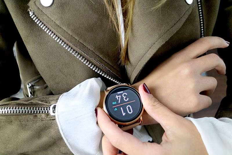 Per San Valentino regala uno Smartwatch Fossil