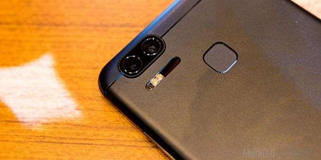 ASUS Zenfone 3 Zoom rinviato: arriverà nel Q2 2017 ma migliorato