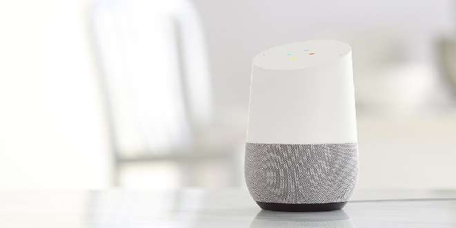 Google Home disponibile in Italia da oggi a 149,90 euro