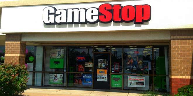 Xbox One e PS4 prezzo giù da oggi 4 maggio con il nuovo volantino GameStop