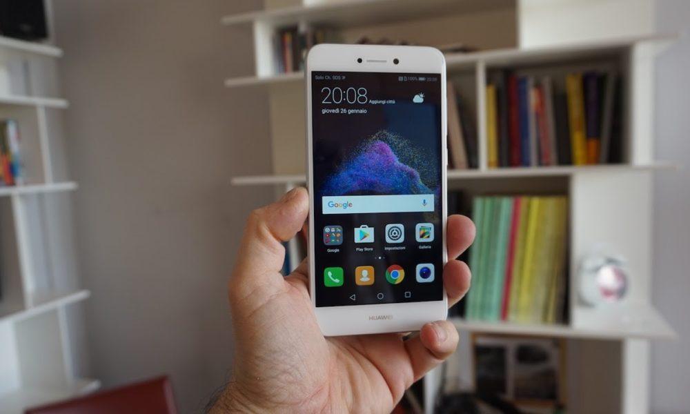 Meglio Huawei P8 Lite 2017 o Huawei P10 Lite? Confronto prezzo con Amazon e volantino MediaWorld