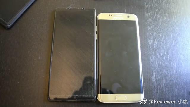 Un possibile mockup di Samsung Galaxy Note 8 rivela il sensore di impronte digitali sul display