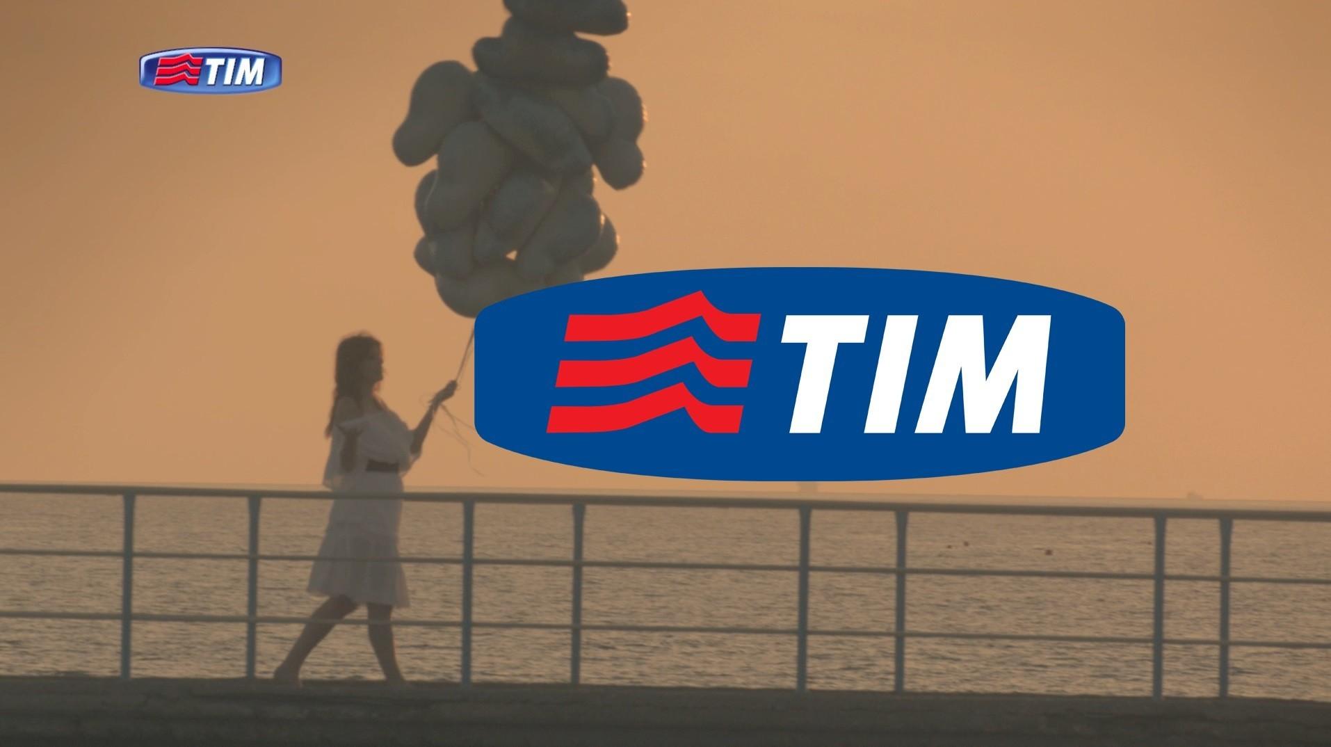 Scatta l'11 maggio la migliore offerta passa a Tim del mese: super promozione a 10 euro per i Tre e Vodafone