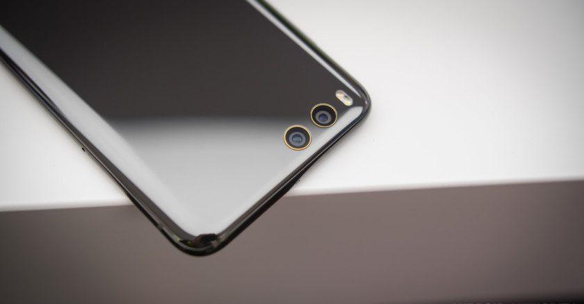 Migliori smartphone – Samsung Galaxy S8 vs Xiaomi Mi 6: hardware e dettagli con foto!