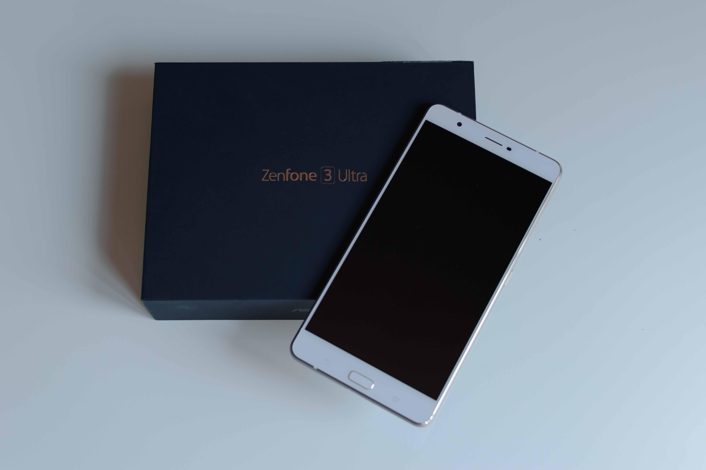 ASUS Zenfone 3 Ultra: recensione del mega Smartphone