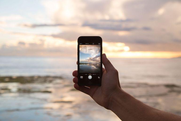 Elettronica da viaggio: come portare con sé le comodità del digital anche in vacanza