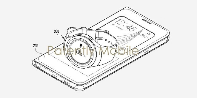Samsung lavora su una cover per smartphone capace di ricaricare lo smartwatch