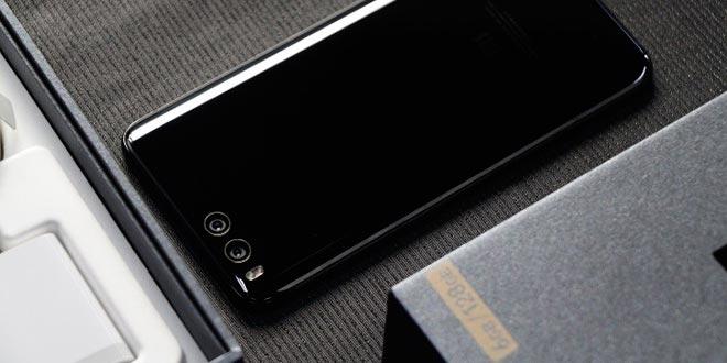 Xiaomi Mi6 Plus esiste e la backcover posteriore lo conferma