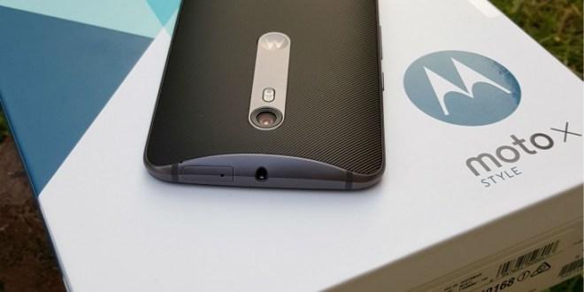Un nuovo aggiornamento Moto X Style porta con sorpresa Android Nougat