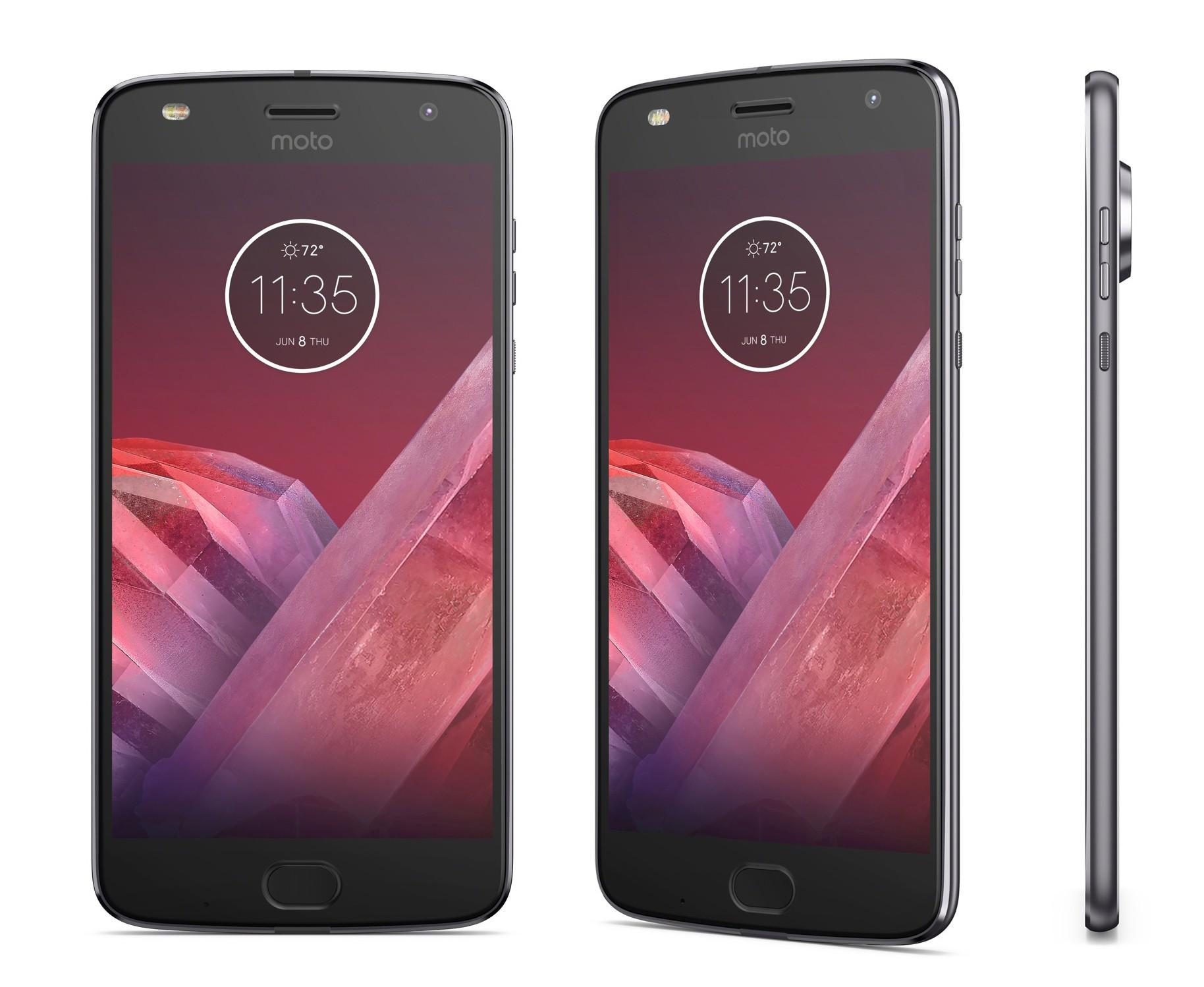 Migliori smartphone – Motorola Moto Z2 Play vs Huawei P10: hardware e dettagli con foto!