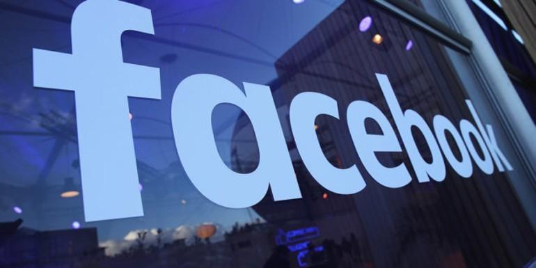 Facebook firma accordi di licenza con Universal Music