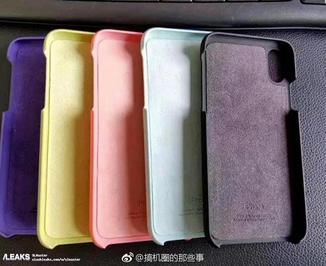 iPhone 8, appare in rete una foto con le prime cover ufficiali di Apple