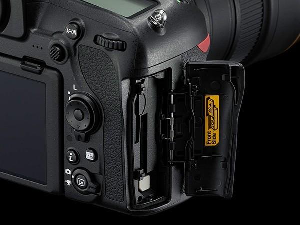 Nikon D850, ecco tutte le specifiche tecniche della super Reflex