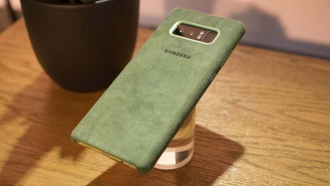 Galaxy Note 8 e la cover in Alcantara per un feeling innovativo