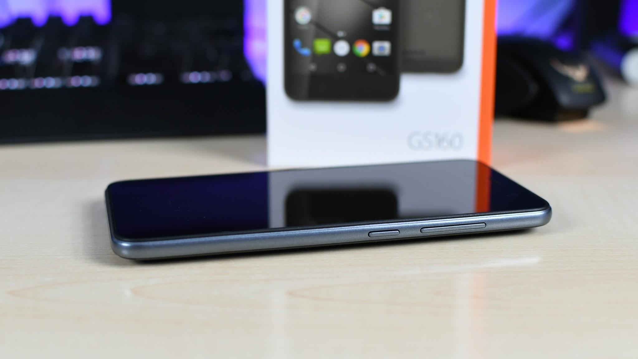 Gigaset GS160: recensione dello Smartphone entry-level con sensore di impronte