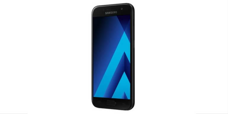 Galaxy A3 (2017) riceve l'aggiornamento per Android Nougat in Italia