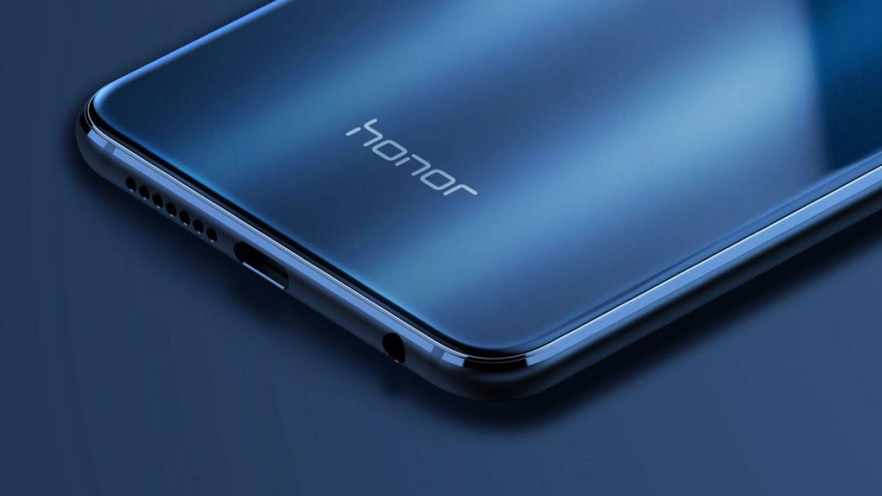 Grandi sconti su smartphone Honor per festeggiare i 3 anni dell'azienda