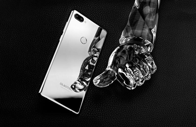OUKITEL Mix 2 Silver Version, brillante come uno specchio