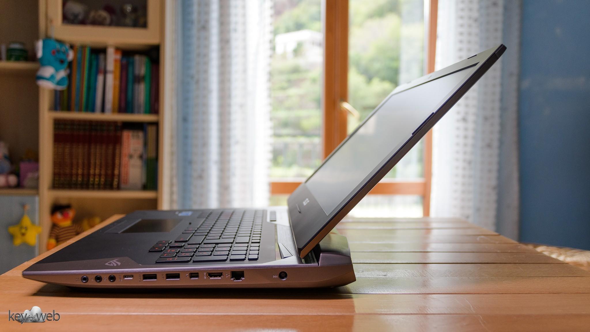 ASUS ROG G752VS-BA263T: recensione del super portatile con i7-7700HQ e GTX1070
