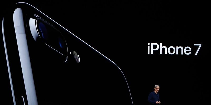 iPhone 7 è il telefono più venduto della prima metà del 2017: battuto Samsung Galaxy S8