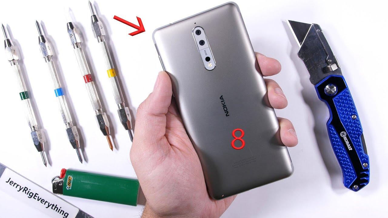 Incredibili risultati per Nokia 8 durante lo scratch test di JerryRigEverything