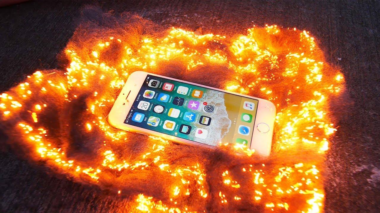 iPhone 8 vs lana d'acciaio fiammeggiante, resisterà?