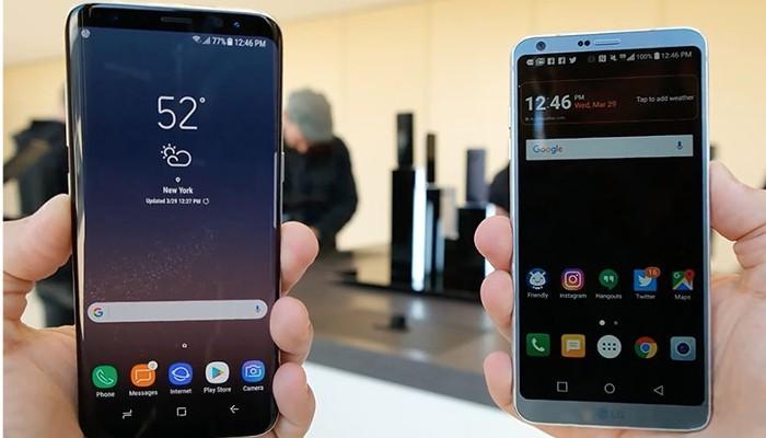 Il costo degli smartphone a tutto schermo aumenterà nel 2018 a causa della carenza di pannelli