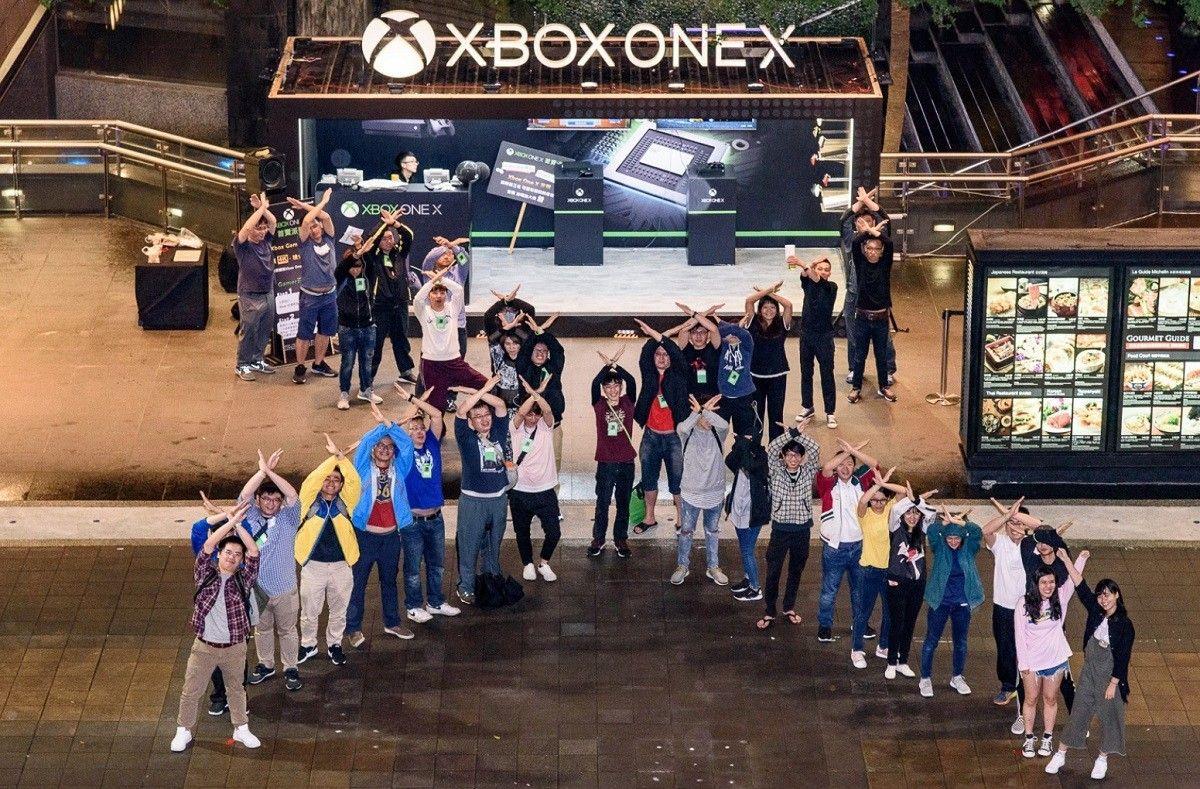Partenza a razzo in UK per la nuovissima Xbox One X
