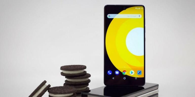 Essential Phone: rilasciata la seconda beta di Android 8.0 Oreo