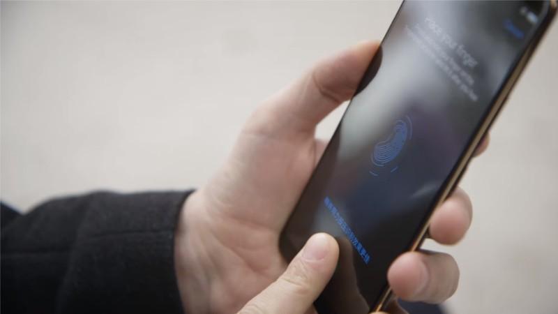 Vivo X20 Plus UD da fine gennaio porta il lettore di impronte digitali a schermo per tutti