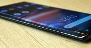 Nokia 8 Sirocco fa il suo ingresso ufficiale in Italia