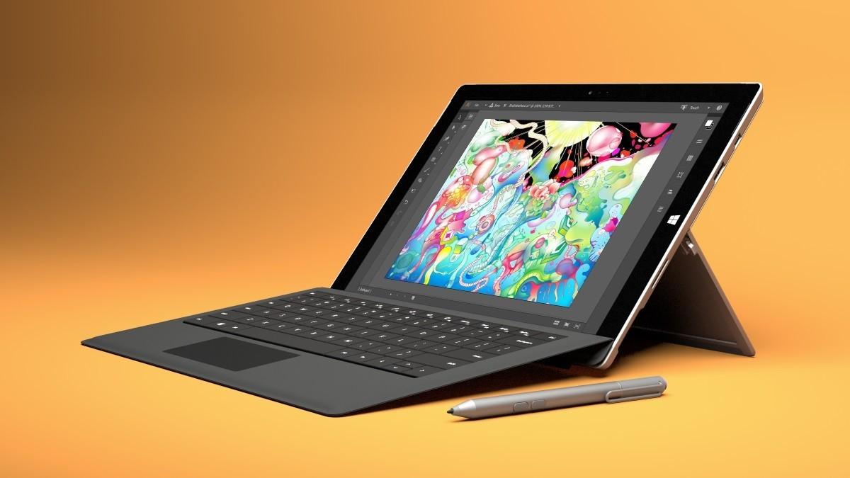 Microsoft lancio un nuovo aggiornamento firmware per Surface Pro 3