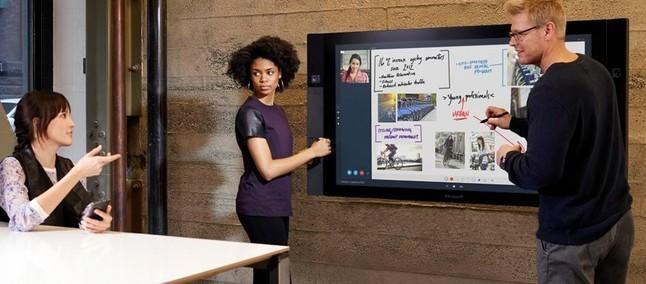 Microsoft, il nuovo Surface Hub in arrivo entro l'Estate