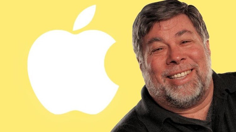 Fareste a meno di Facebook? Steve Wozniak si