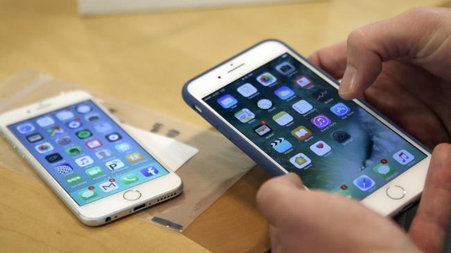 Secondo il creatore di iPod, Apple deve contrastare la dipendenza da iPhone
