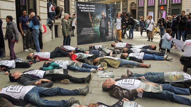 Apple: nuova protesta degli attivisti francesi Attac