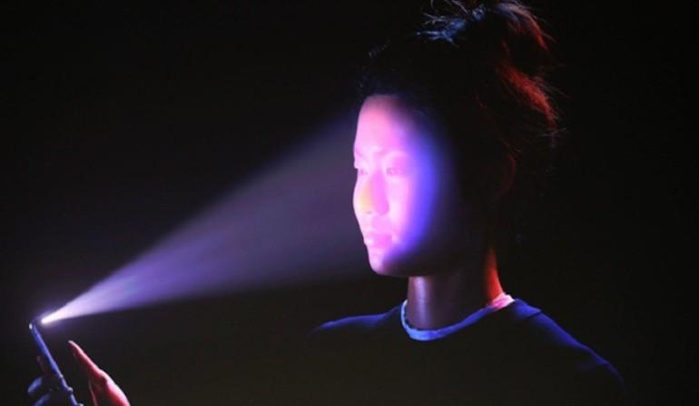 Face ID: nel futuro includerà scansione delle vene del viso