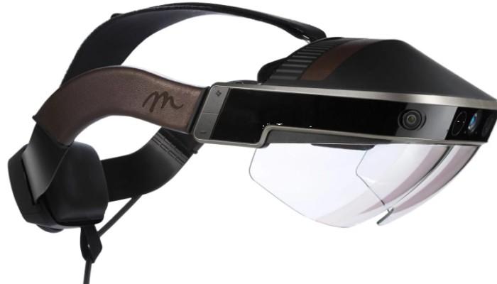 Google al lavoro su un casco per la realtà virtuale potenziata