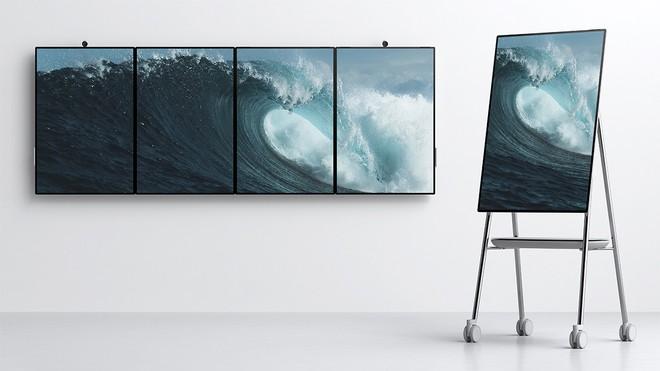 """A sorpresa Microsoft presenta il nuovo Surface Hub 2 da 50,5"""""""