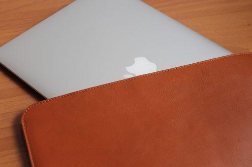 Recensione Harber London Slim Leather MacBook Sleeve Case: semplice, curata ed elegante