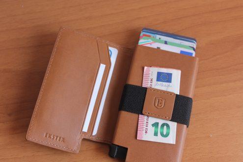 Recensione Parliament Wallet e cover per iPhone 8 da Ekster, ecco la coppia perfetta