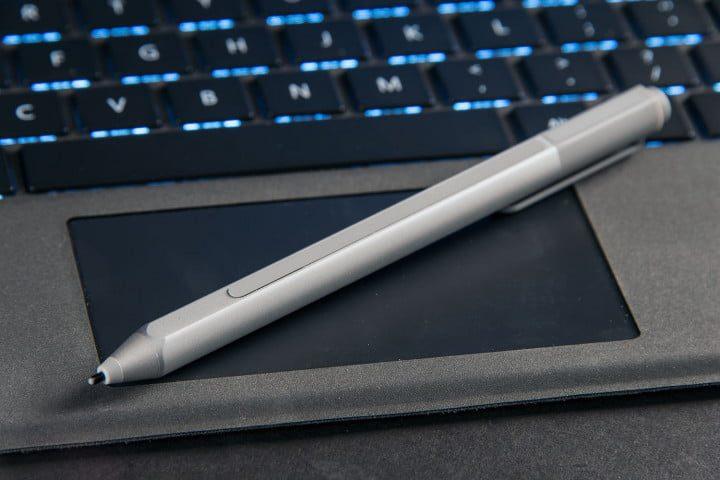 Surface Pen: Microsoft sperimenta la ricarica tramite display