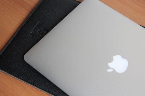 Recensione Woolnut MacBook Air 13 Cover