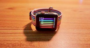 """Nelle beta di watchOS 5 è già presente la funzione """"alza per parlare con Siri"""""""