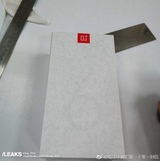 OnePlus 6T è una sorpresa con certificazione IPXX e lettore di impronte sotto lo schermo