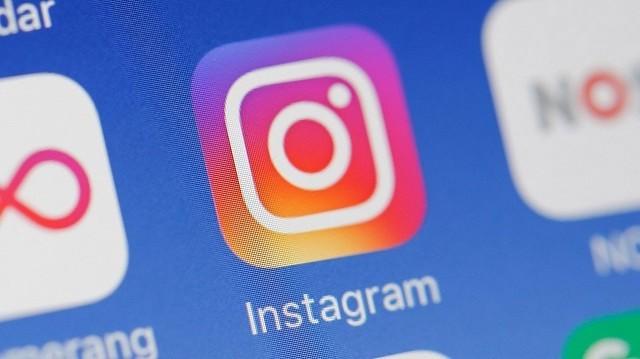 Instagram lancia l'invio delle GIF tramite Direct e testa la ricondivisione dei post