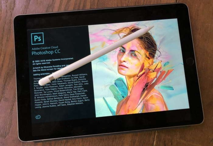 """Adobe annuncia """"Real"""" Photoshop per iPad nel 2019"""