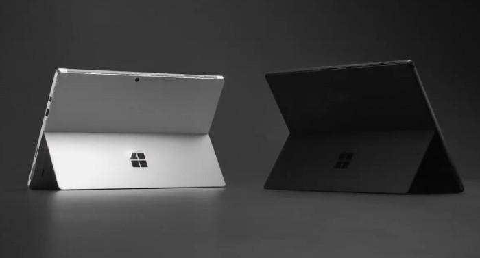 Microsoft Surface Pro 6 presentato in una nuova finitura nera opaca